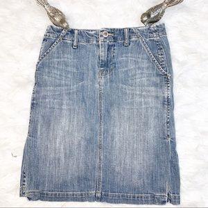 Banana Republic Vintage Wash Straight Denim Skirt